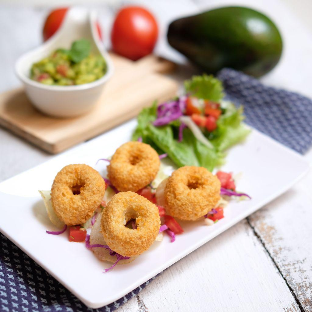 Potato Chips Salad With Doughnut Nugget