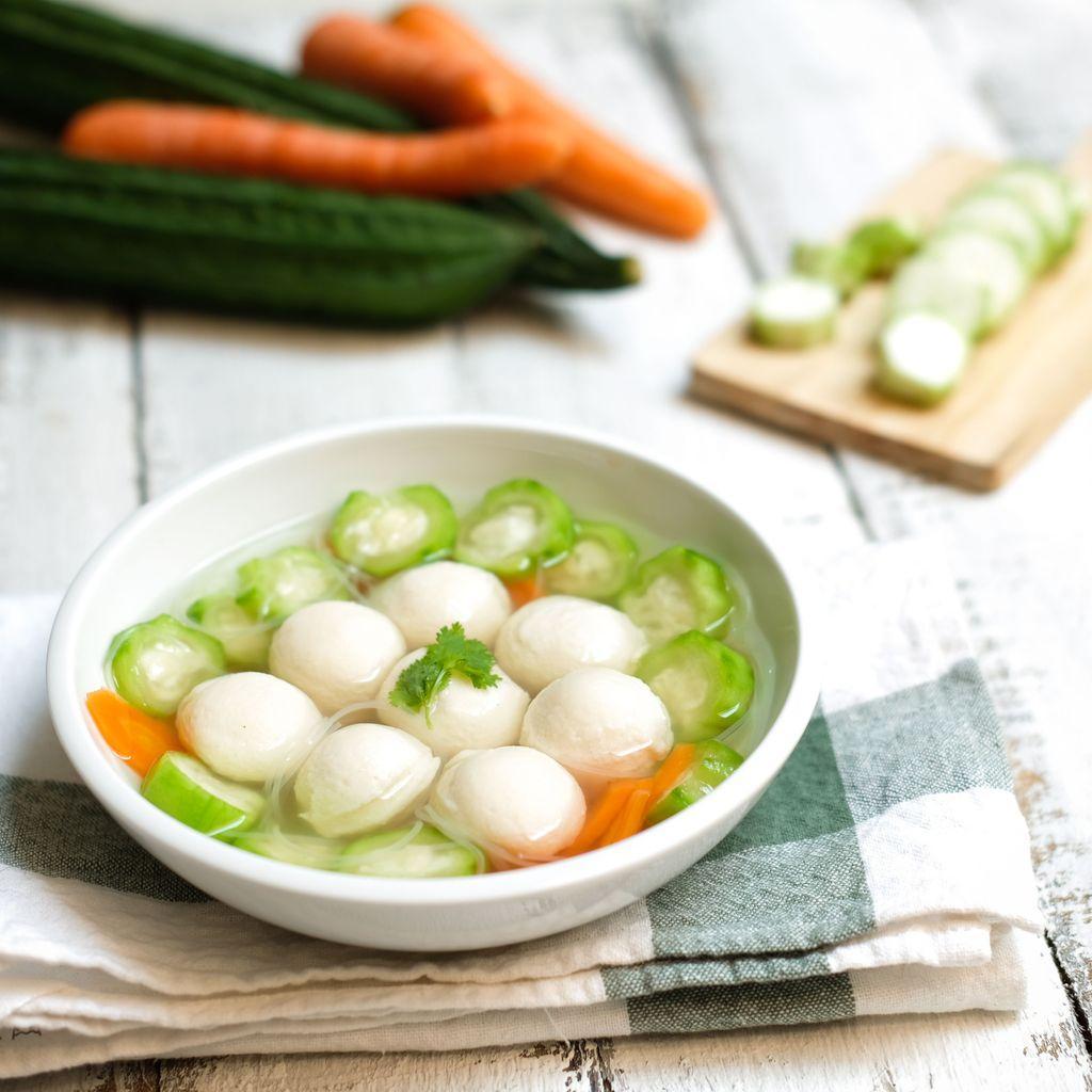 Image Sup Bakso Ikan dengan Oyong